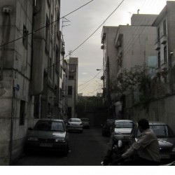 Walking in Tehran's Amirabad - پرسه در امیرآباد (70)