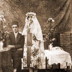 همدان، ۱۳۰۵ (از مجموعه ی دنیای زنان در عصر قاجار)