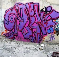 Graffiti on Tehran canal walls (10)