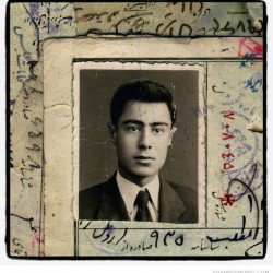 Iranian men, born in 1942 (98)