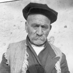 Gholam-Hossein Saedi's Ilkhchi (2)